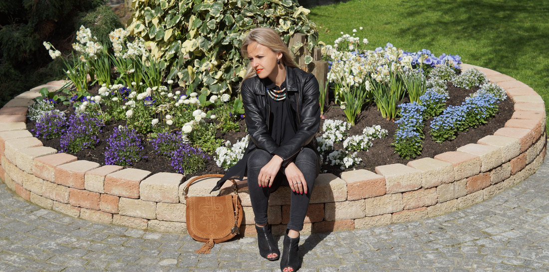 Bag-at-you---Fashion-blog---Spring-ootd---Street-style---Black