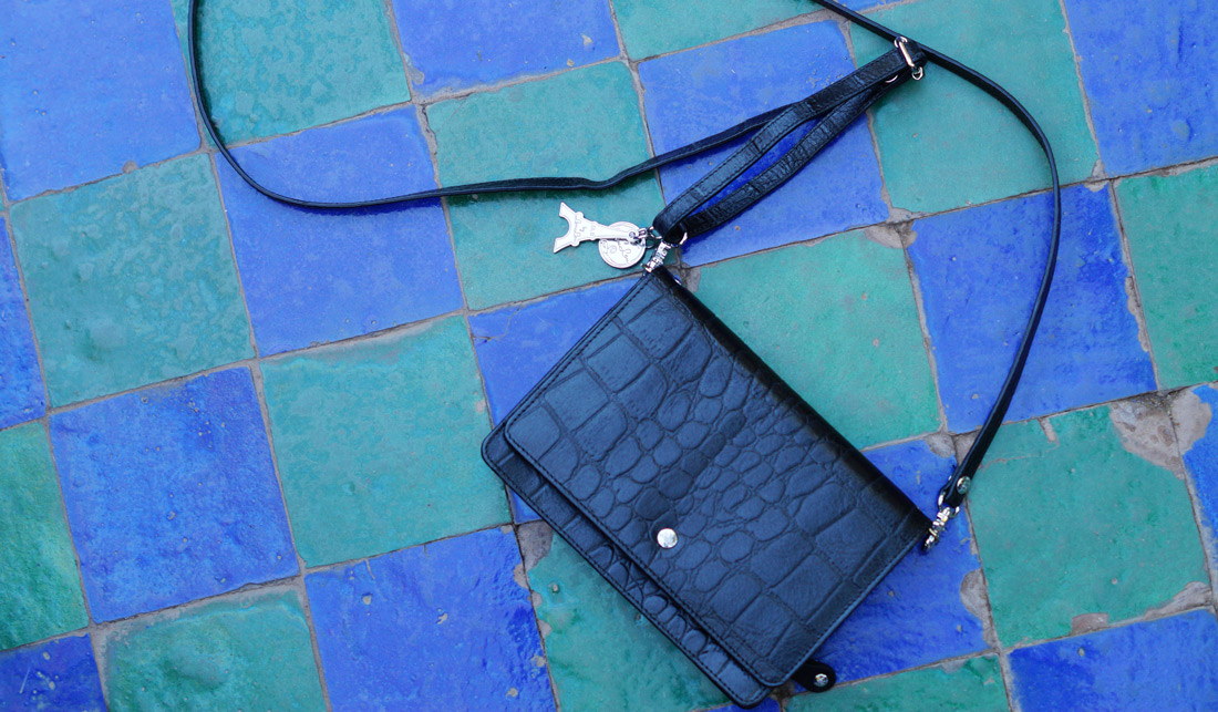 Bag-at-you---fashion-blog---byLouLou---Black-bag-croco-print