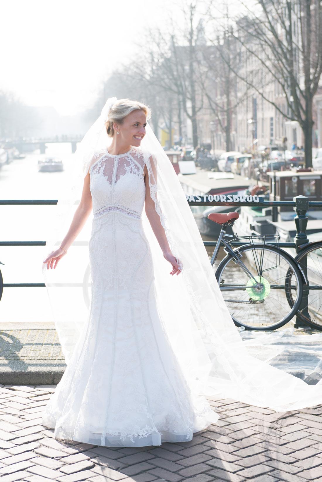 Bag-at-you---Dress-la-bella-blanca
