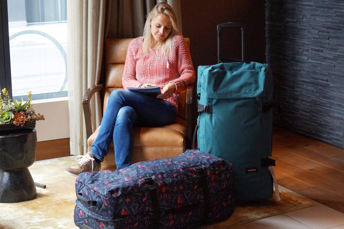Bag-at-you---Fashion-blog---Eastpak-Transverz-Trolleys-L---Suitcase