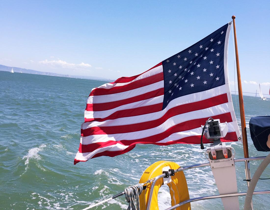 Bag-at-you---San-Francisco---American-Flag