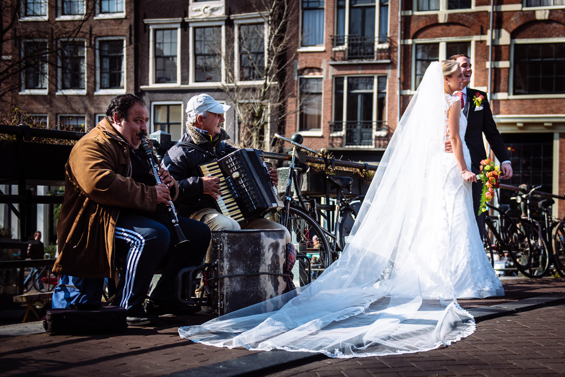 Bag-at-you---wedding---Amsterdam-canals