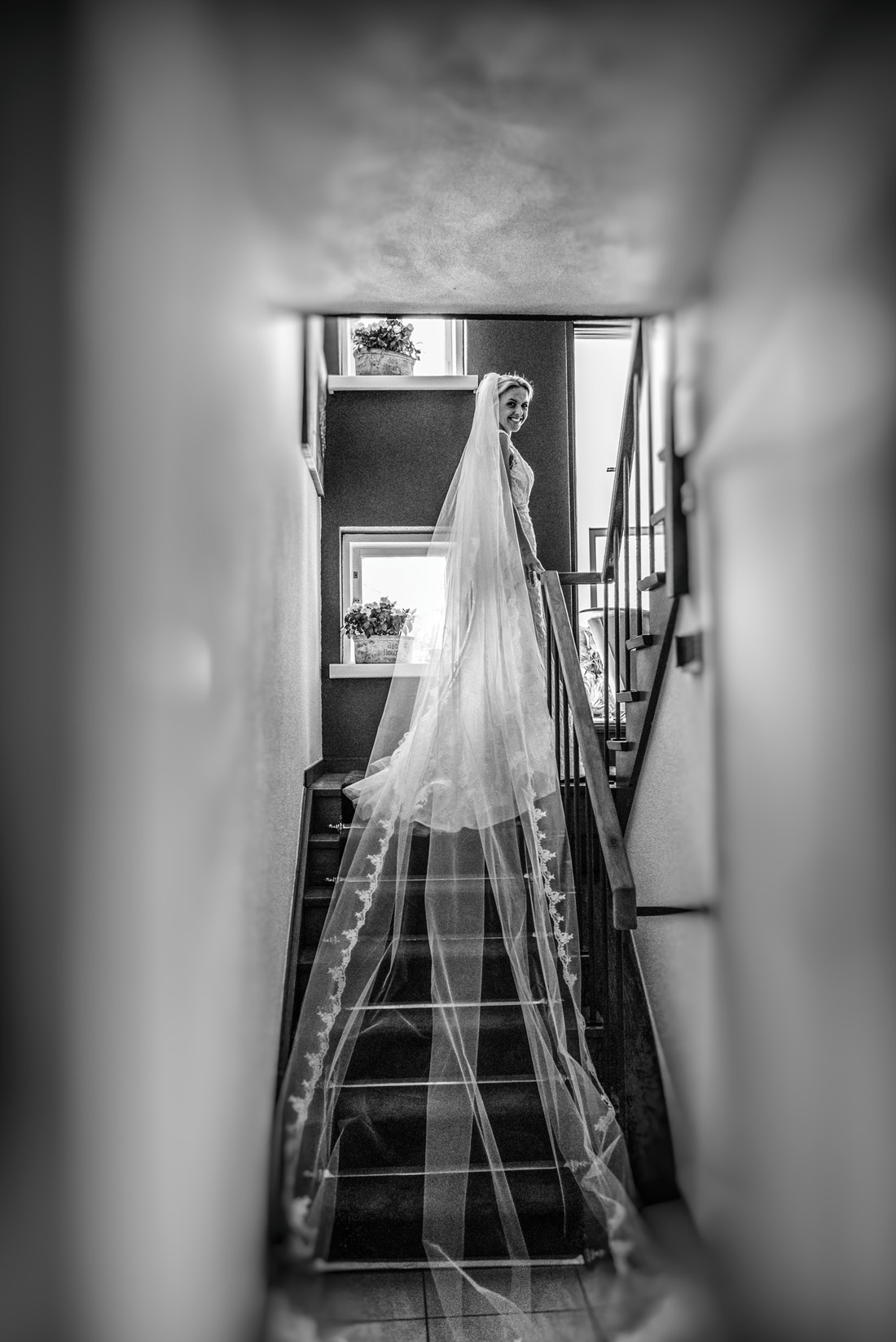 Bag-at-you---wedding-veil