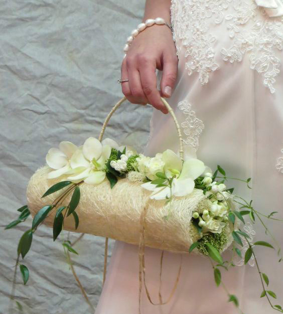 Bag-at-you---Fashion-blog---Summer-Ceremony-Wedding-bags---flowers