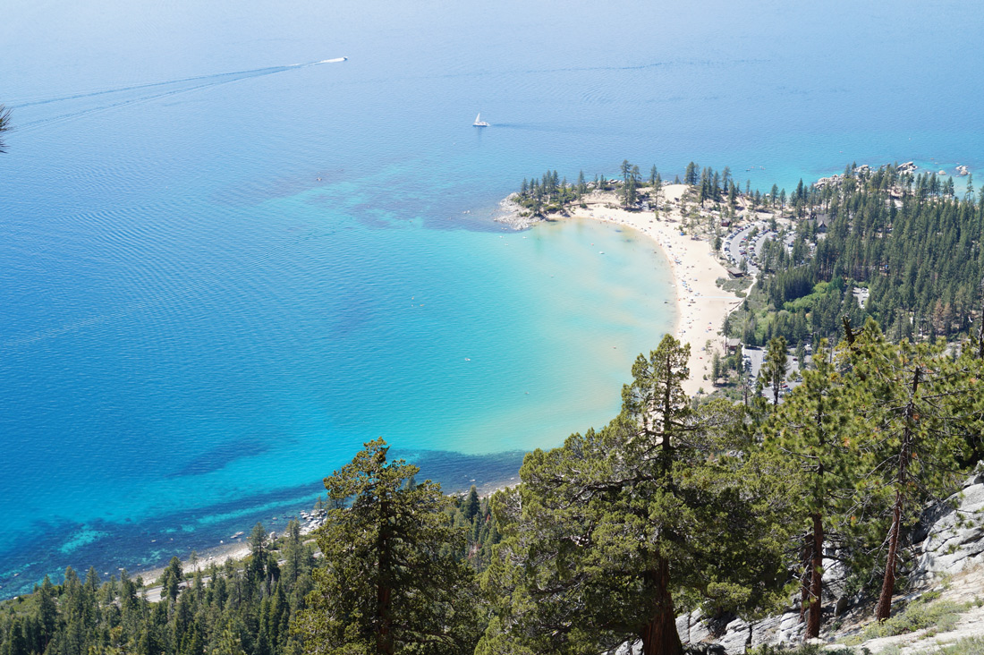 Bag-at-you---Travel-blog---Lake-Tahoe-Beach