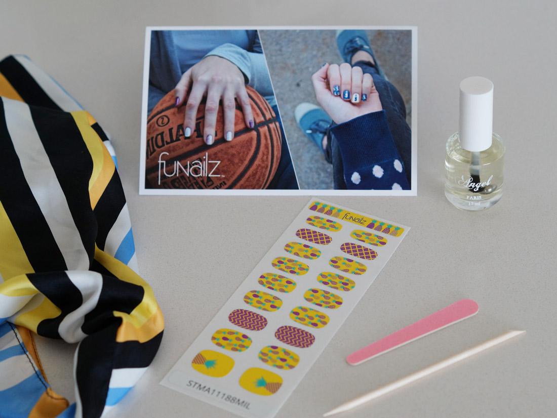 Bag-at-you---lifestyle-blog---Nail-art---Funailz---nail-stickers