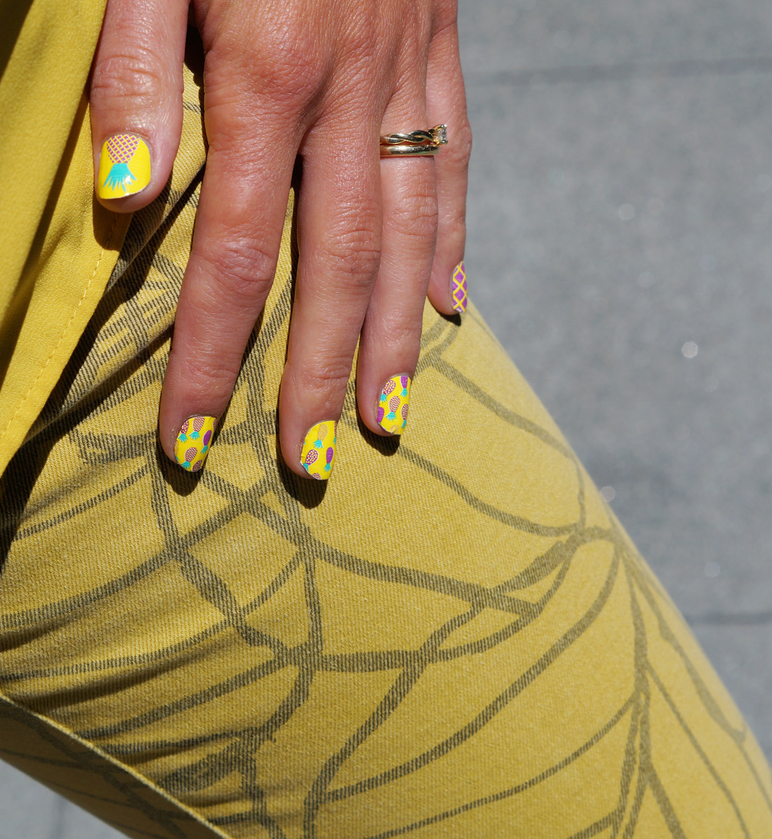 Bag-at-you---lifestyle-blog---Nail-art---beauty