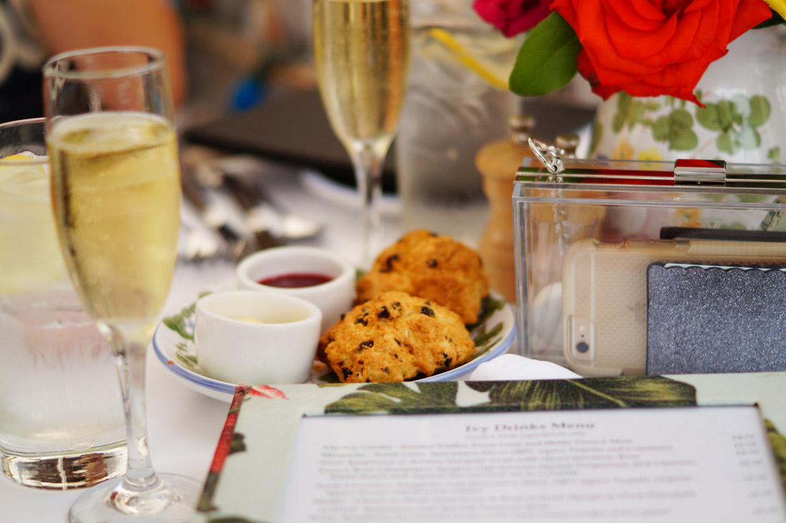 Bag-at-you---Lifestyle-blog---The-Ivy-Restaurant---Scones-and-champagne