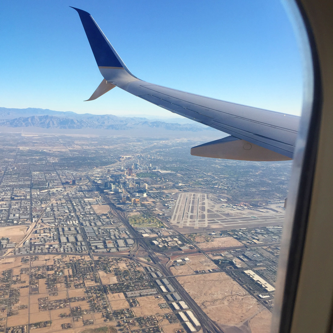 bag-at-you-travel-blog-las-vegas-from-the-air