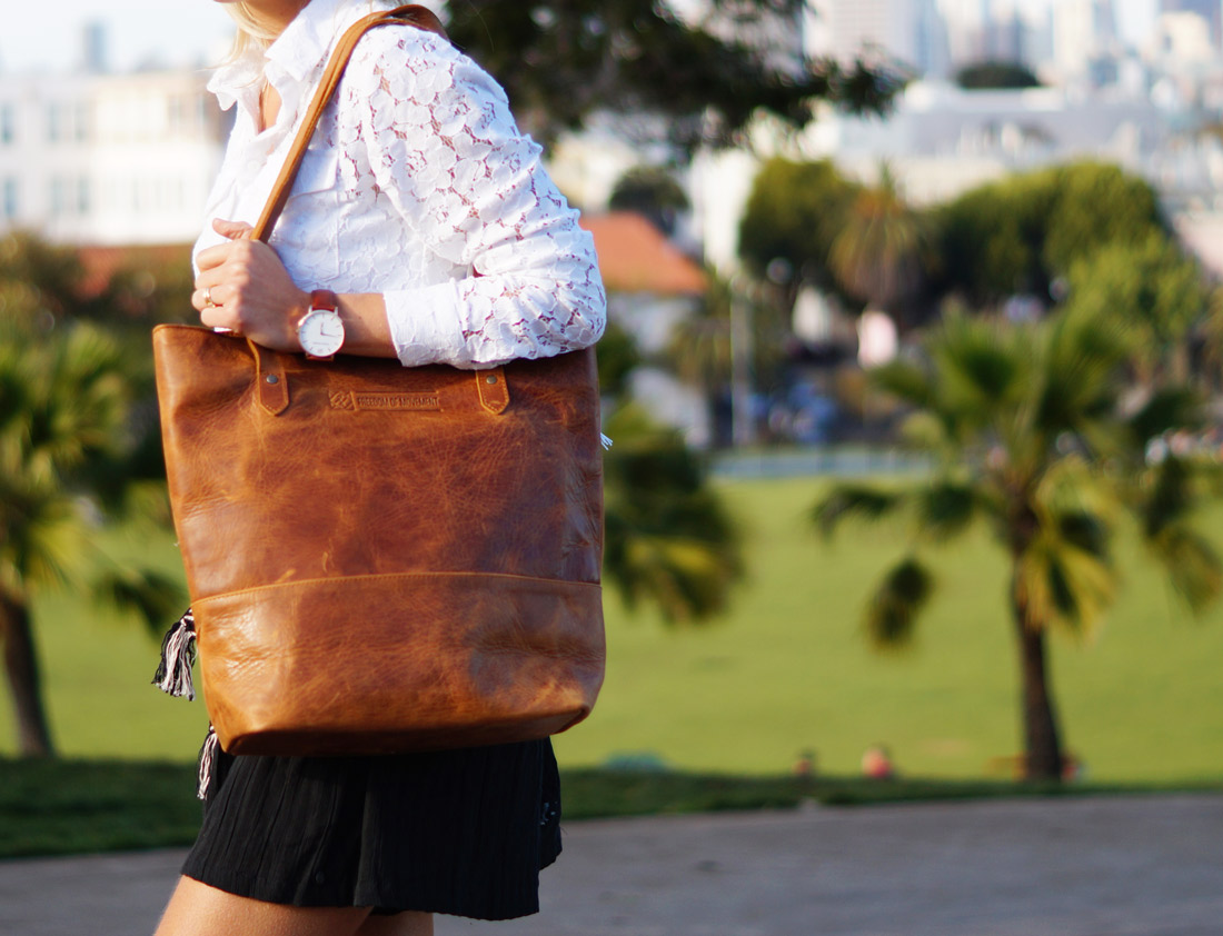 Bag-at-you---fashion-blog---Freedom-of-Movement-bag-and-watch