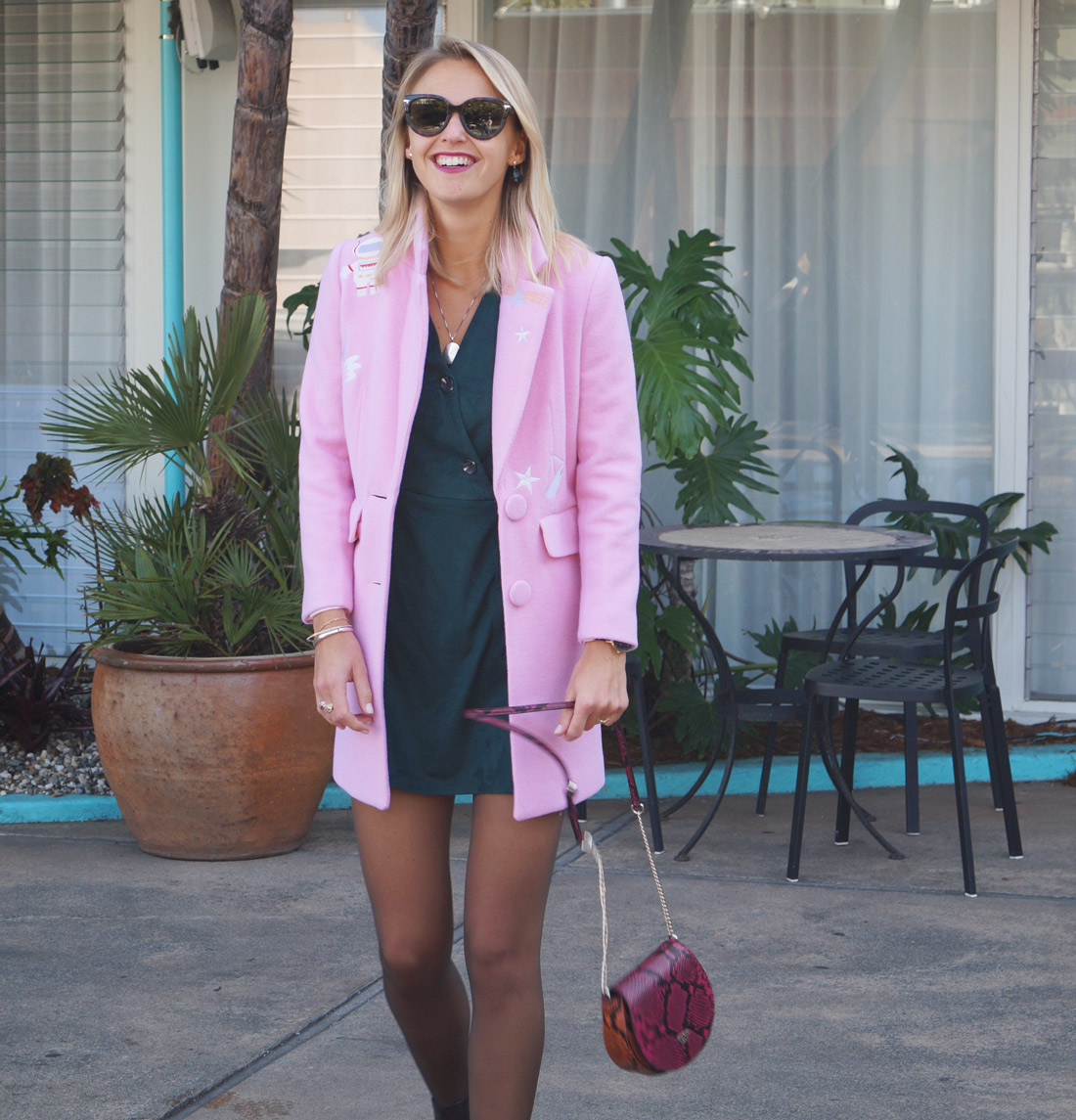bag-at-you-fashion-blog-dezzal-women-coat