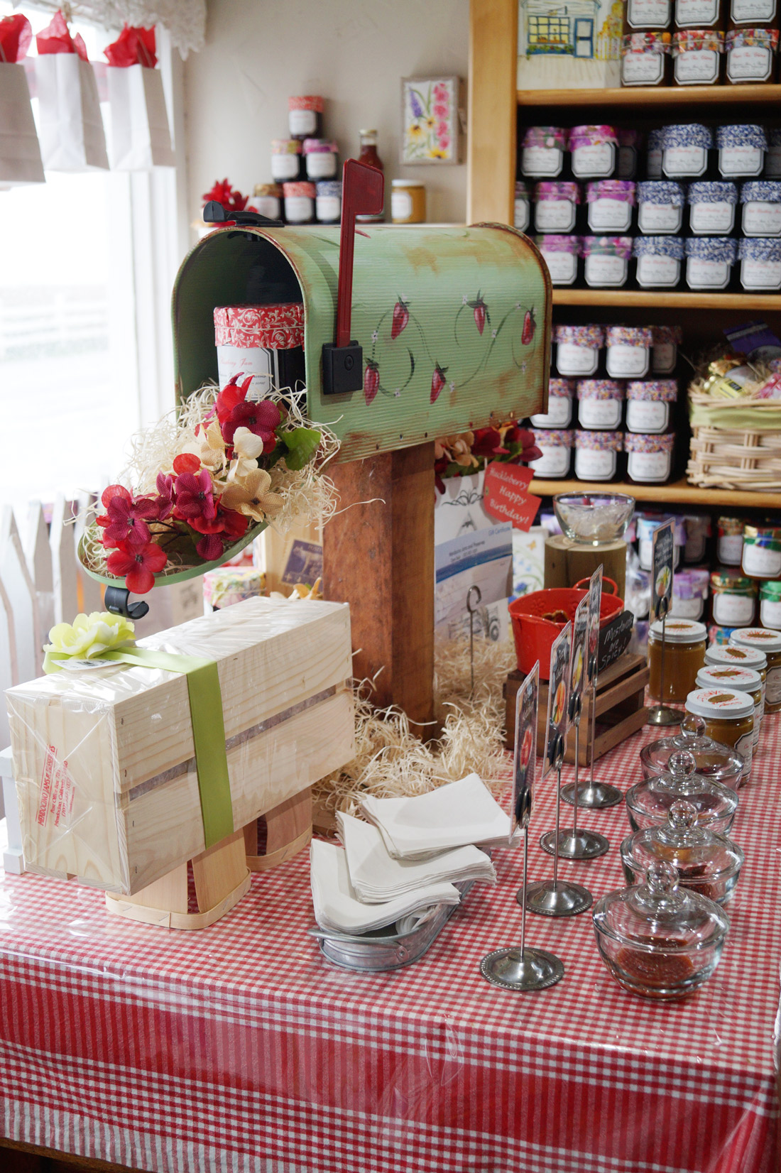 bag-at-you-travel-blog-jam-and-preserves-in-mendocino