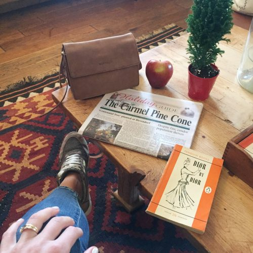 bag-at-you-breakfast-at-the-hotel-carmel