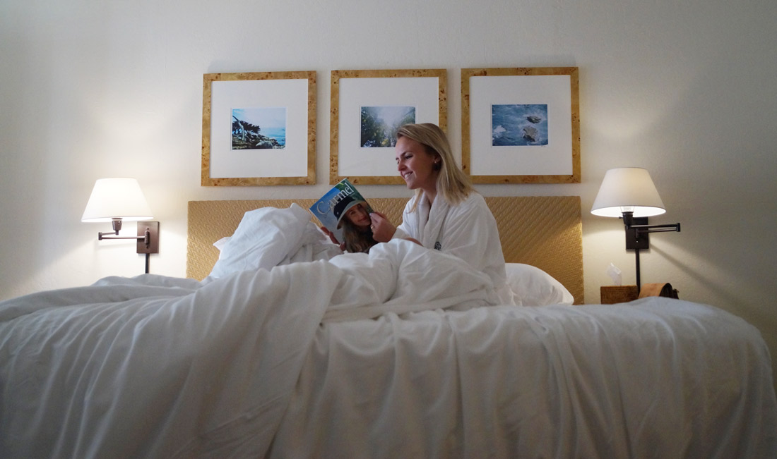 bag-at-you-travel-blog-king-size-bed-hotel-carmel