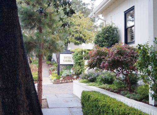 bag-at-you-welcome-to-hotel-carmel-california