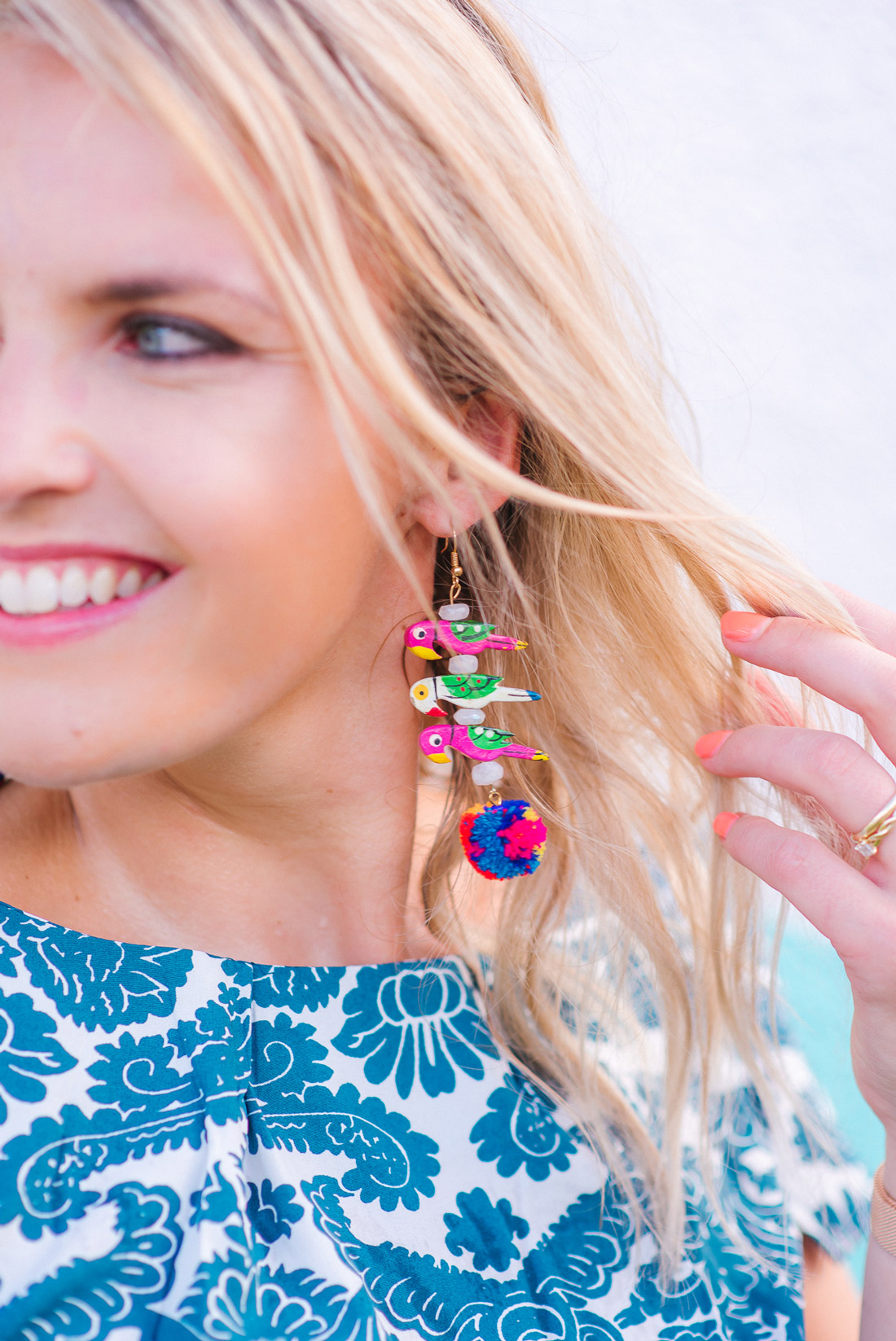 Bag-at-you---Fashion-blog---Colores-Collective-earring