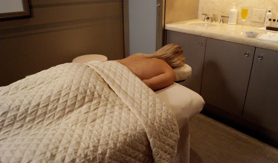 Bag-at-you---Omni-Dallas-Hotel---SPA-massage