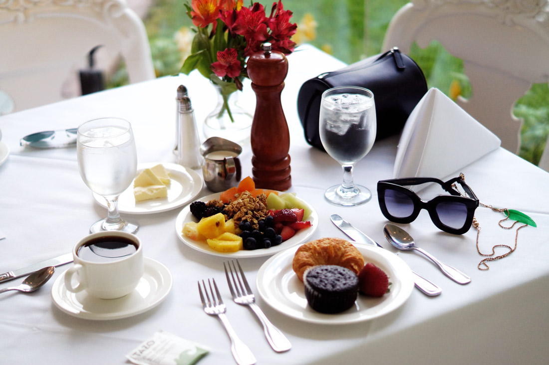 Bag-at-you---Travel-blog---Breakfast-at-Nottoway-Plantation