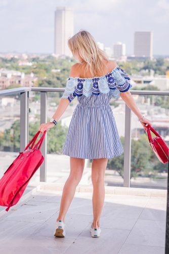 Bag-at-you---Fashion-blog---Chicwish-dress