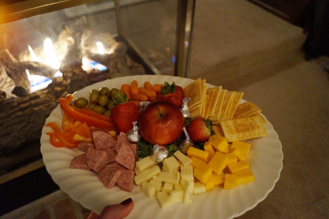 Bag-at-you---Travel-blog---Cheese-platter---Yellow-House-on-Plott-Creek-Rd