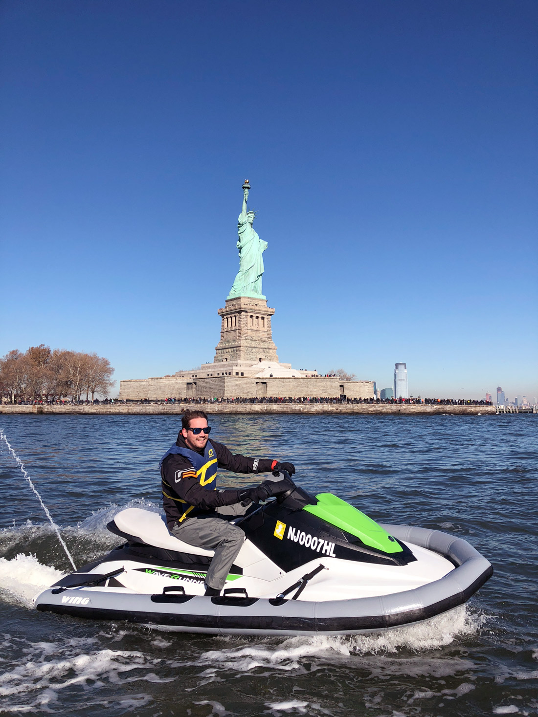 Bag-at-you---Jet-Ski-next-to-the-Statue-of-Liberty