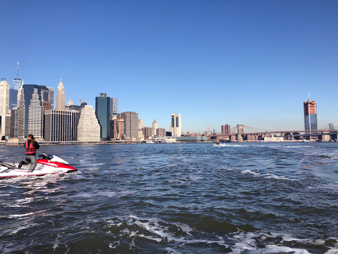 Bag-at-you---Travel-blog---Jet-Ski-under-Manhattan-bridge-and-Brooklyn-Bridge