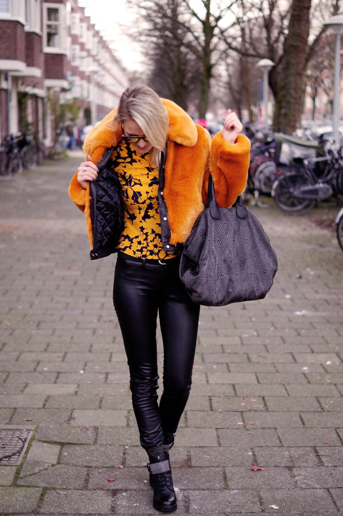 Bag-at-you---Fashion-blog---Donna-Caolina-boots