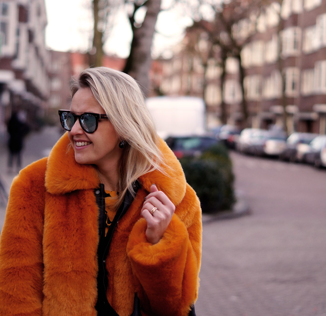 Bag-at-you---Fashion-blog---Faux-Fur-Coat