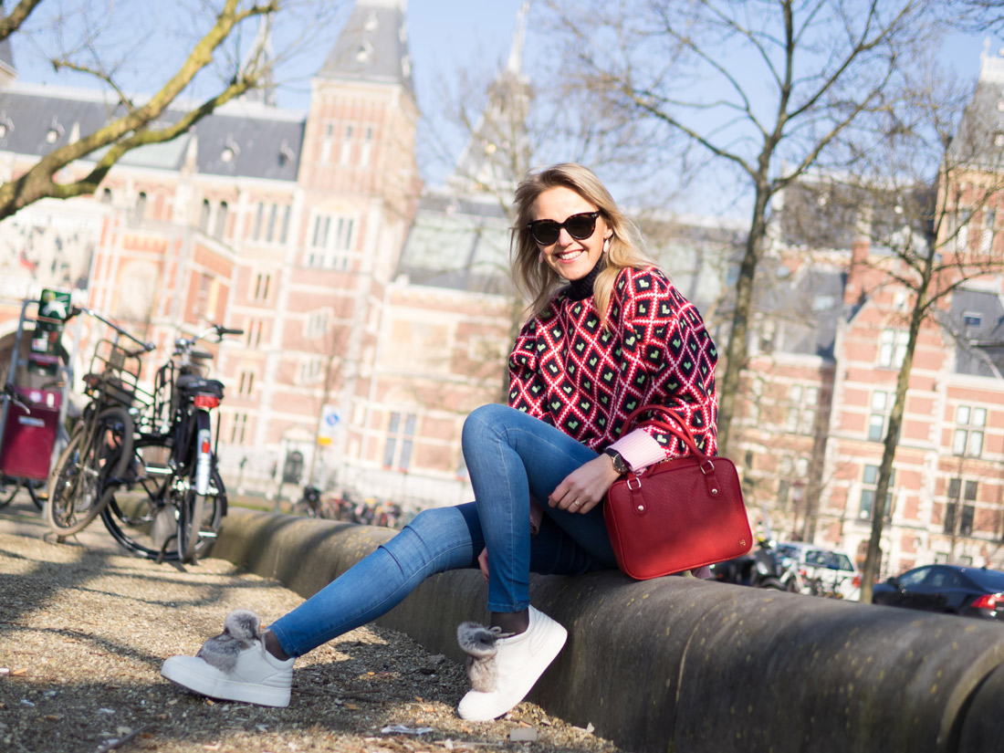 Bag-at-you-blog---Amsterdam---Chicwish-sweater