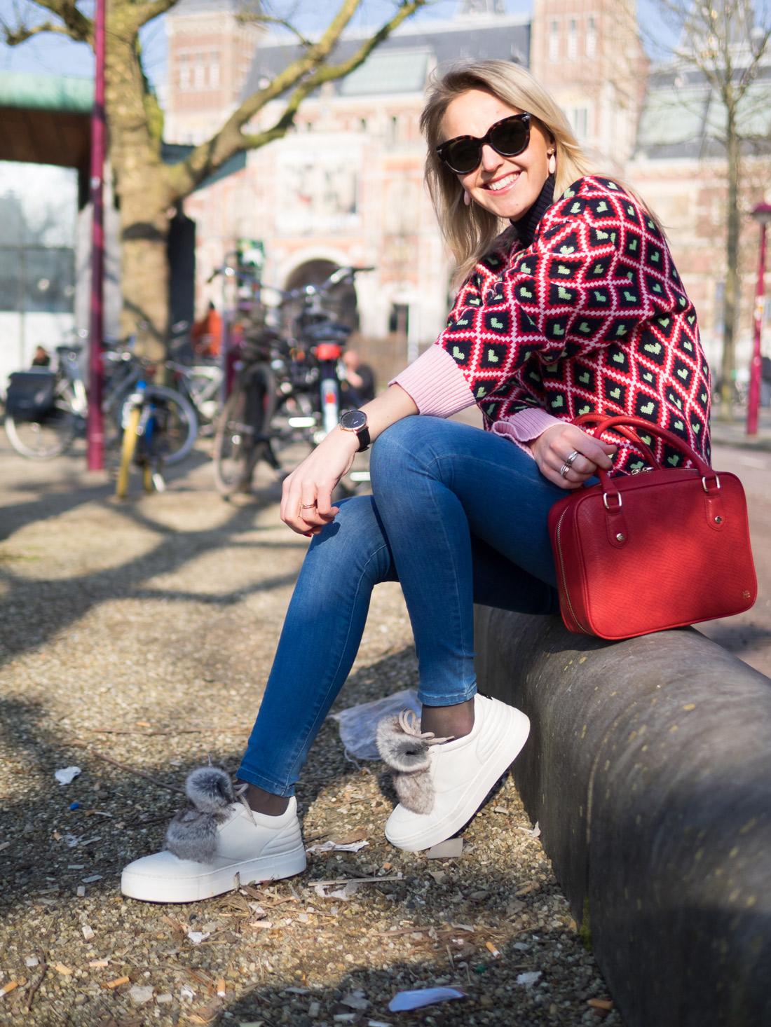 Bag-at-you-blog---Red-rectangular-bag