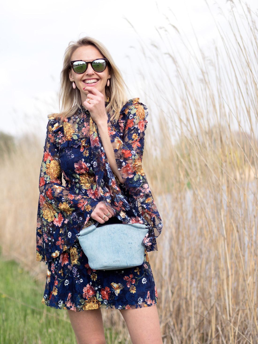 BAG-AT-YOU_Susanne_Bavinck_Bender_Blogger_Fashion_Amsterdam_By_Marinke_Davelaar-Ecco-Indigo-Doctors-Bag