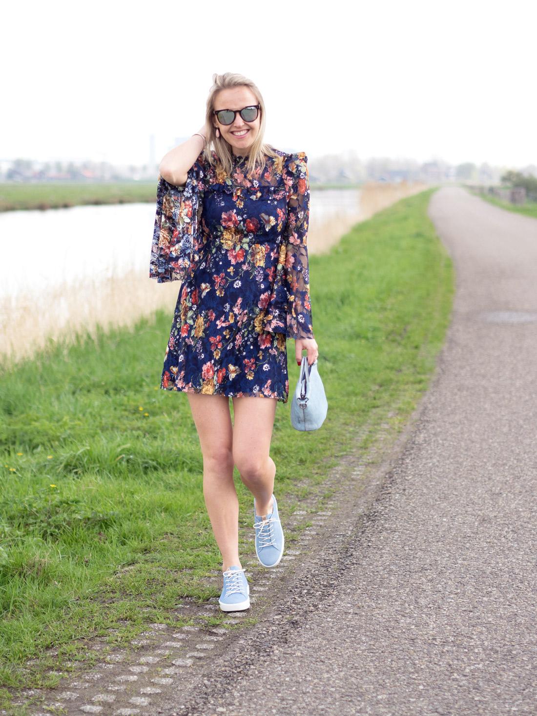 BAG-AT-YOU_Susanne_Bavinck_Bender_Blogger_Fashion_Amsterdam_By_Marinke_Davelaar---Ecco-True-Indigo-Collection