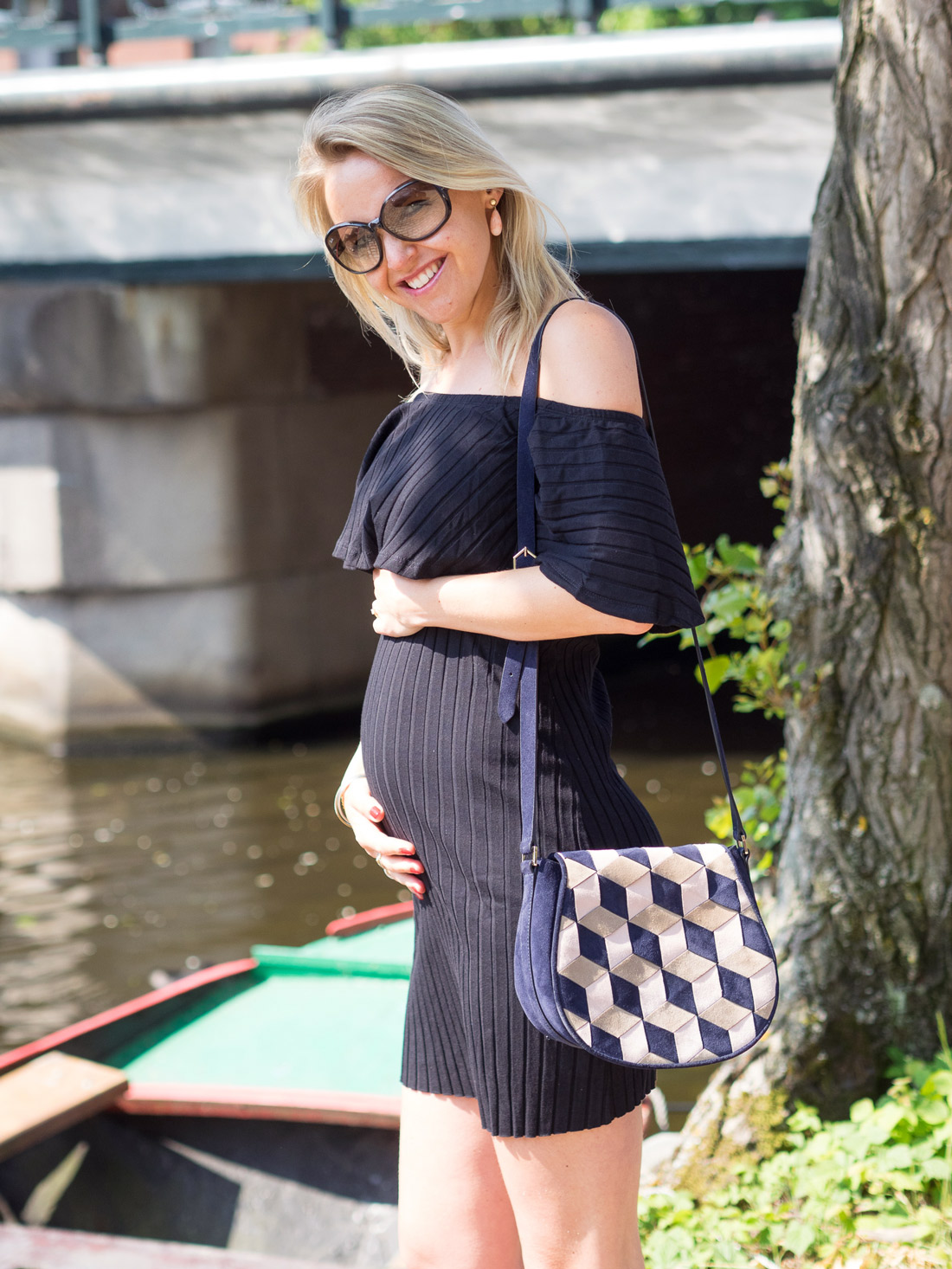 Bag-at-you---Black-Maternity-Dress---Summer-style